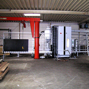 Vertical throughput unit